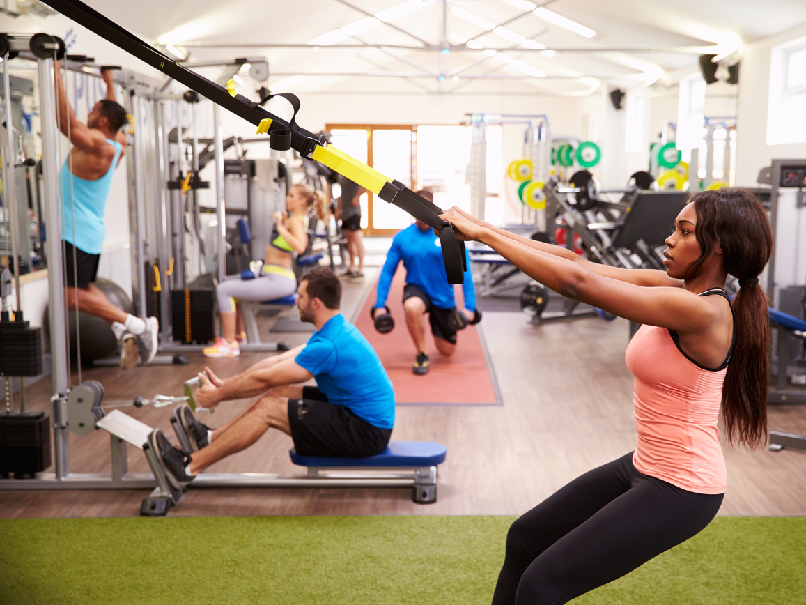 An economical fitness center is trouncing $40 shop physical fitness classes and high-end health clubs alike