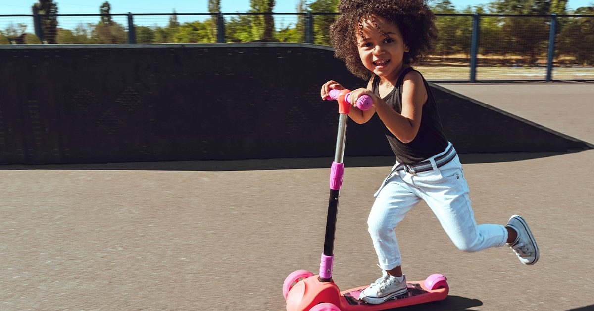 12 Tips to Inspire a Love of Movement from an Early Age