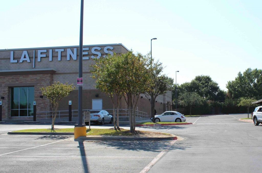 Crime Stoppers offers reward in fatal shooting at LA Fitness